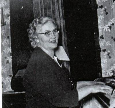 Mary-Frances-MacPhee