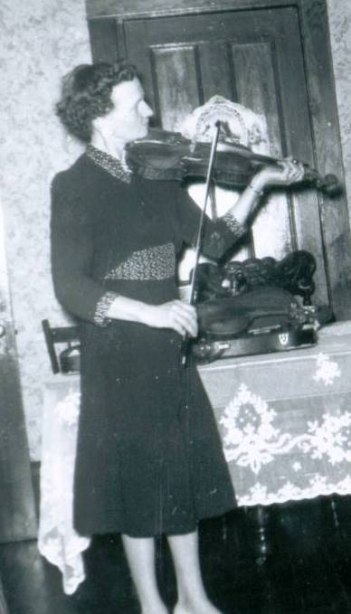 Edna-MacMillan